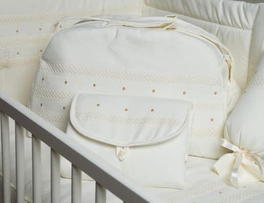 Bolso de bebé para clinica o viaje de piqué. Colección 565